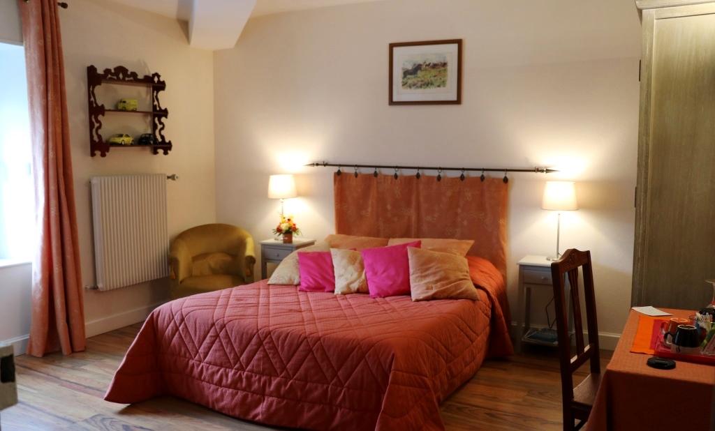 Eglantine : une des chambres d'hôtes de La Béalière en Auvergne
