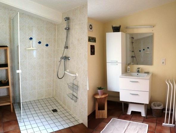 la salle de bain de chambre d'hôtes Pervenche